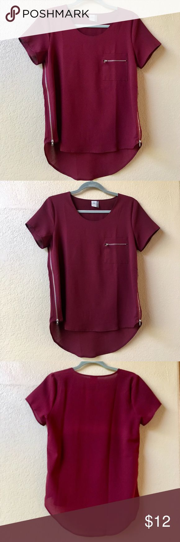 ✨ Paper Crane   Hi-Lo Burgundy Top   Size S ✨ Paper Crane   Burgundy Top w/ Zipper Detail   Size Small   High Low with Zippers on each side & one at front pocket Paper Crane Tops Blouses