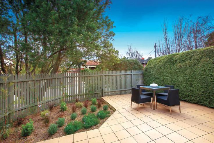 1/8 Middle Road Camberwell VIC 3124