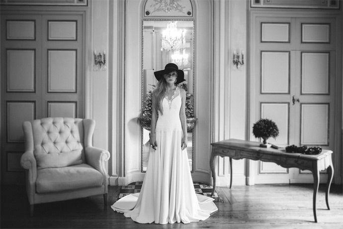 Manon Gontero - Créatrice de robes de mariée - Marseille | modèle: Noces d'émeraude | Crédits: Laurent Brouzet | Donne-moi ta main - Blog mariage