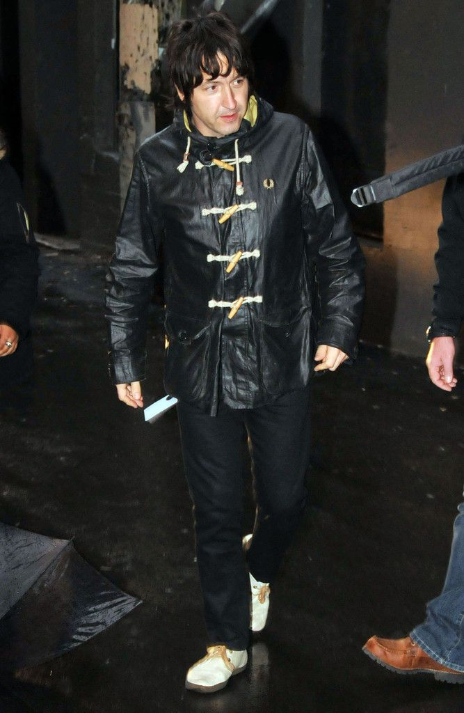 Gem Archer Photos: Beady Eye Arriving For Sound Check In Vancouver