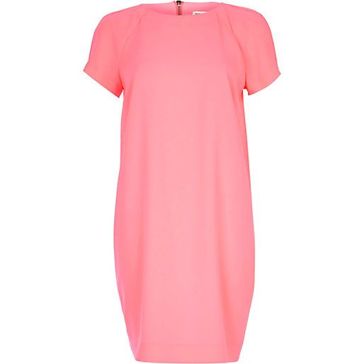 Bright pink t-shirt dress #riverisland #rimenswear
