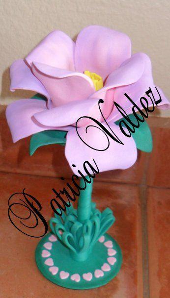 Pluma en foamy termoformado Rosa con base