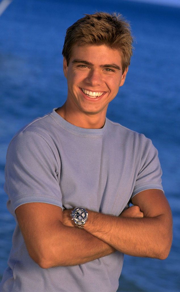 matthew lawrence and danielle fishel dating Danielle fishel of girl meets  they became engaged after more than three years of dating fishel and savage  jennifer lawrence smolders in white silk.