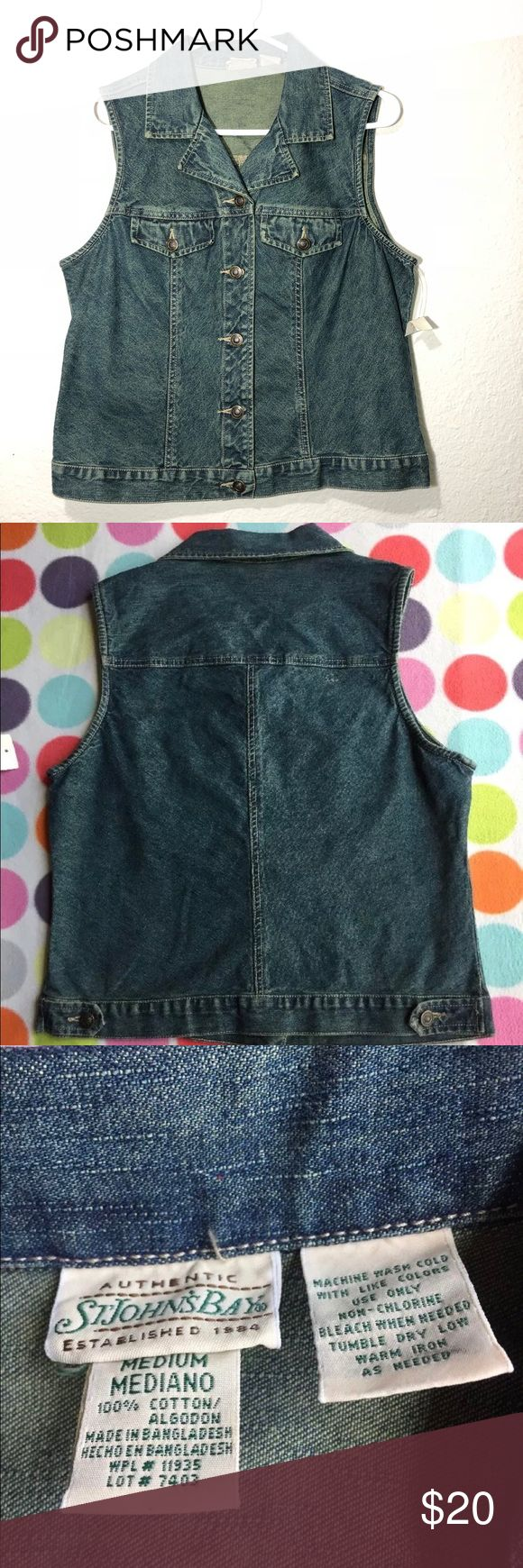 St John's Bay Women's sleeveless jean jacket sz M Good condition. NWT. No rips or tears. Please see pictures for measurements and condition. 100% cotton st john's bay Jackets & Coats Jean Jackets