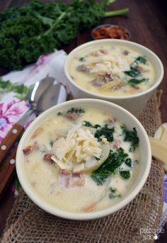 Deliciosa sopa de papa, tocino, kale-berza y salchicha. Como la que encuentras en el restaurante Olive Garden.