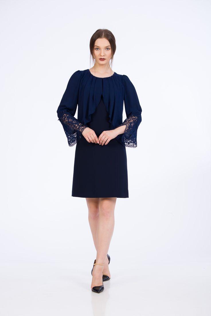Classical Elegance dress.   Rochie cu maneci din dantela.   #fashion #style #shopping #dress #blue #bluedress #rochii2017 #rochiedeseara #nichicristinanichita #lacedress #2017fashion #fallwinter2017