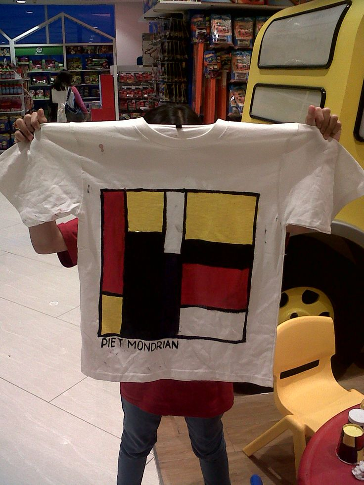 Maeluna - Piet Mondrian - Baju Mondrian @Gramedia Kids Bintaro
