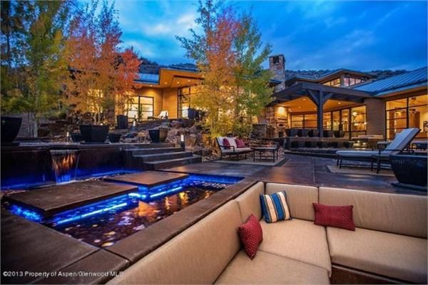 MODERN TWIST ON TRADITIONAL MOUNTAIN LIVING | Snowmass Village, CO | Luxury Portfolio International Member - Joshua & Co.