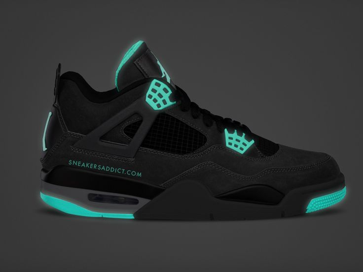Air Jordan 4 'Glow Green' rare (the only Jordan colorway I might actually want to get)