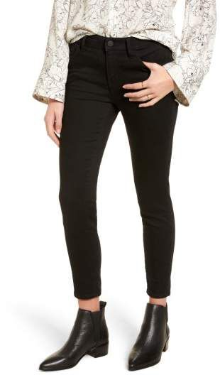 Treasure & Bond Legacy Crop Skinny Jeans #afflink  These black stretchy skinny jeans are perfect! Dress them up for work or dress them down with some converse for a cute casual look.