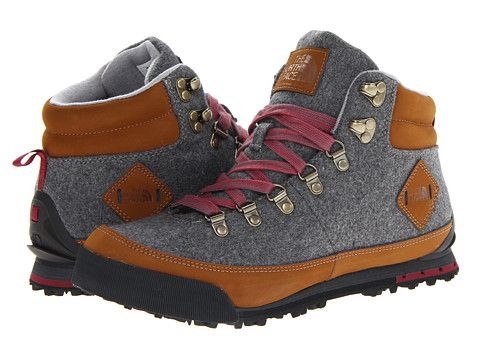 It's hard to breathe when i see a shoe this beautiful. The North Face Back-To-Berkeley