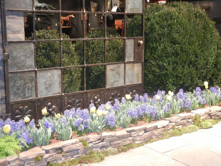 15 grand ideas for gardening with antiques - Garden Ideas 2012