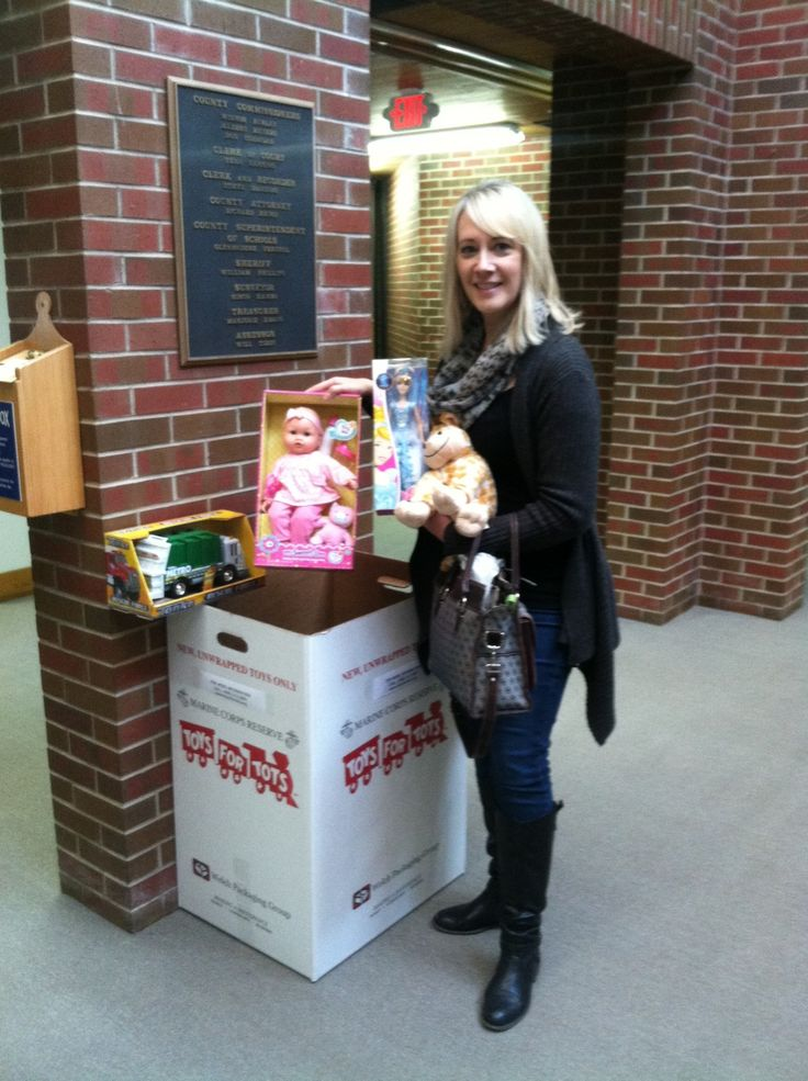 Marine Toys 4 Tots Foundation : For our rd act of kindness we decided to load up the