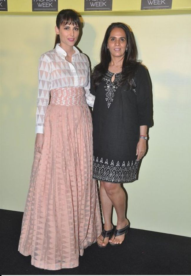 #AnitaDongre Mentors Newbies AGAIN! Winter / Festive at #LFW 2014 – 20-24th August, 2014