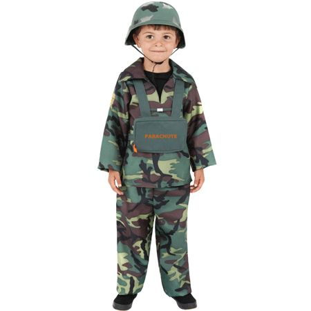Stoer leger kostuum voor kinderen met camouflage print. Het leger kostuum voor kinderen bestaat uit: top, broek en camouflage kleurig tasje. Het leger pakje is excuslief helm. Carnavalskleding 2015 #carnaval