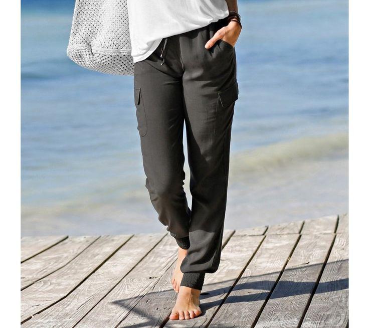 Vzdušné jednofarebné nohavice | blancheporte.sk #blancheporte #blancheporteSK #blancheporte_sk #autumn #fall #jesen #nohavice