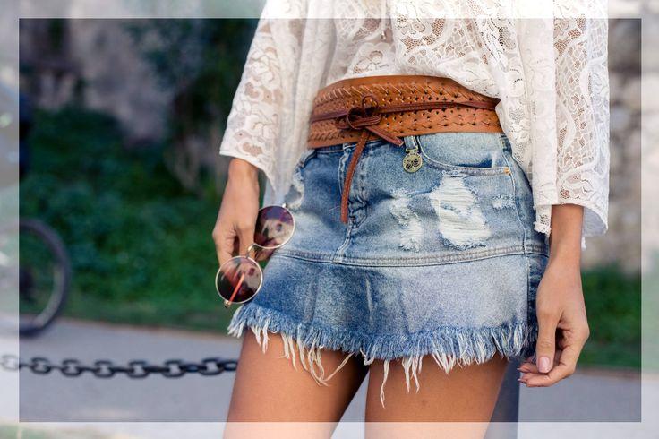saia jeans com babado desfiado