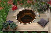 Spa en bois dans une terrasse - enterré - Hot tub en Cèdre rouge