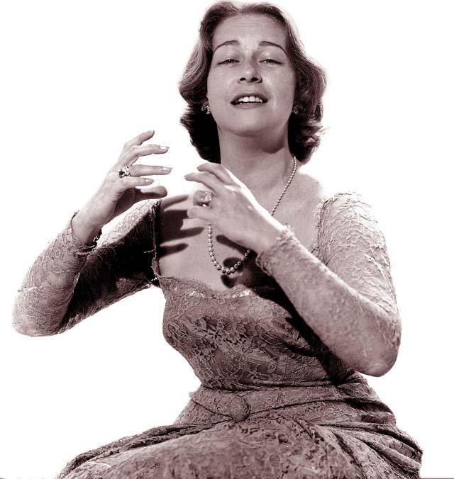 """""""Te conté cosas. Las cosas que a mí me han llamado la atención. El amor se lo dejé a los poetas."""" – CHABUCA GRANDA (1920-1983)"""