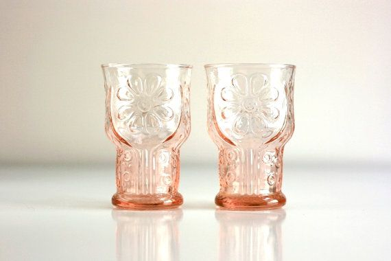 Vintage Libbey Pink Flower Glasses by WiseApple on Etsy, $12.00, http://www.etsy.com/treasury/ODQwNTAxMnwyNTQ2NzA5MTMw/vintage-pastime, #glassware, #vintagePink Flower