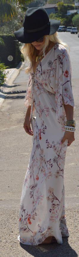 White Multi Vintage Floral Print Floor Length Maxi Dress + large hat