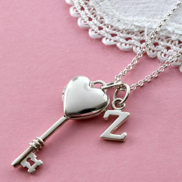 Letter Wallpaper Locket Heart Locket Alphabet Images Letter Charms