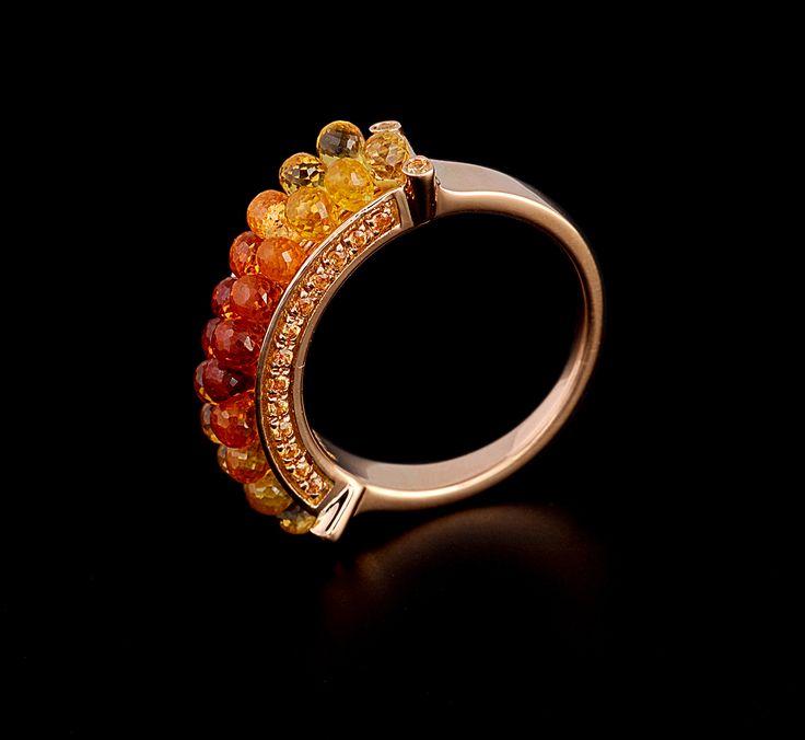 Anemone Ring - #digregorio_milano #digregoriogioielli_milano #redgold #briolettesapphires #yellowsapphires #yellow #red #orange #degradè #sea #anemone #ring #jewel #jewellery #finejewellery #luxury