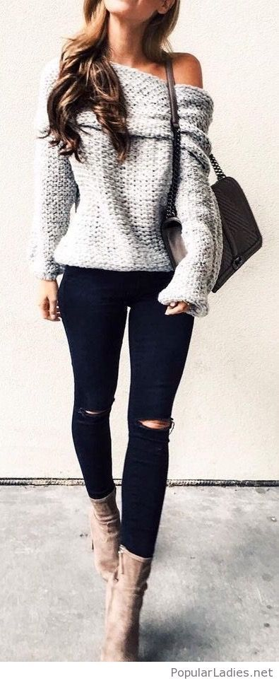 Grey sweater, black pants and nude boots