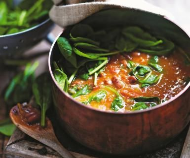 Top to Toe Warming Fresh Borlotti Bean Soup: Borlotti Bean, Tomato and Spinach Soup Recipe