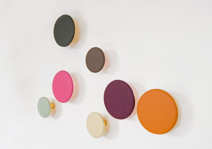 Spots leather and metal wall hooks