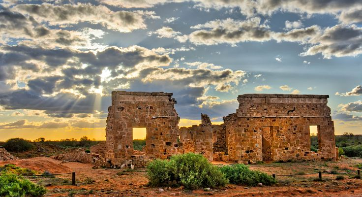 """Farina Ruins Farina was surveyed in 1878 although people had been living here by the Government Gums waterhole before that. It was named """"Farina"""", which means """"flour"""" as it was imagined that the area would become the """"granary of the north. The famous Birdsville and Oodnadatta tracks saw their beginnings as the drovers and cameleers worked northwards from Farina. Farina was at the end of the first stage of the narrow gauge """"Great Northern"""" or """"Port Augusta to Government Gums"""" railway line…"""