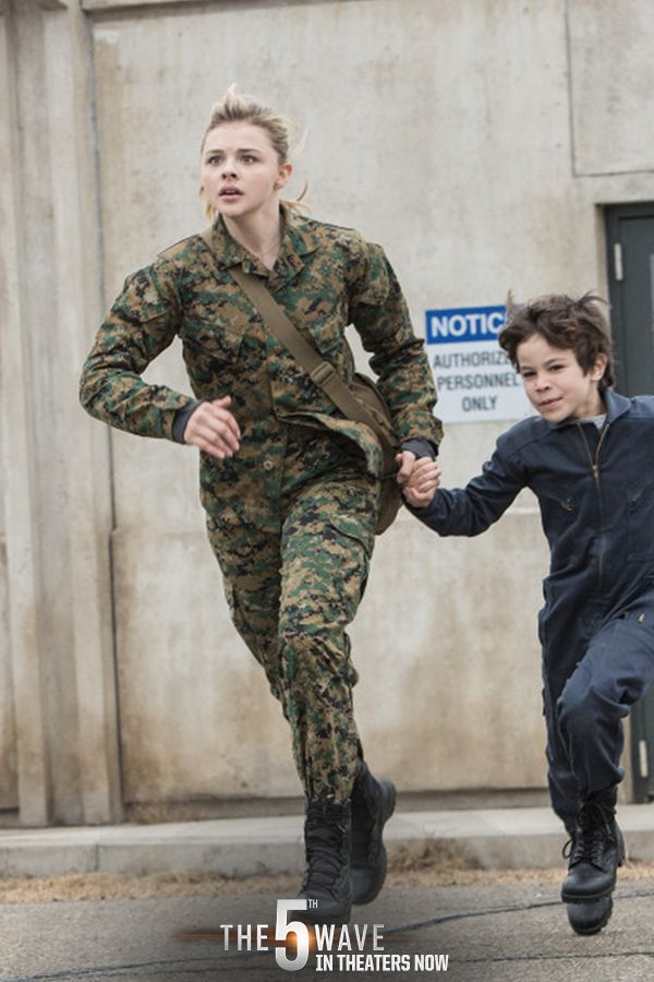 Can Cassie keep her family together? | The 5th Wave is now in theaters. #5thWaveMovie