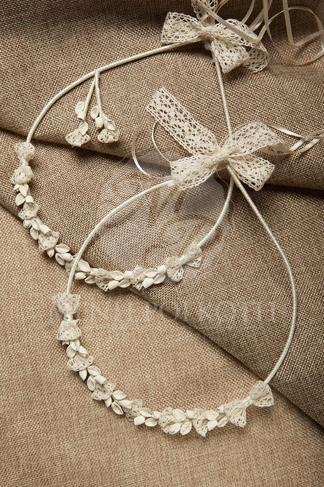 Handcrafted porcelain wedding crowns - stefana #weddingcrowns #stefana #stefanagamou