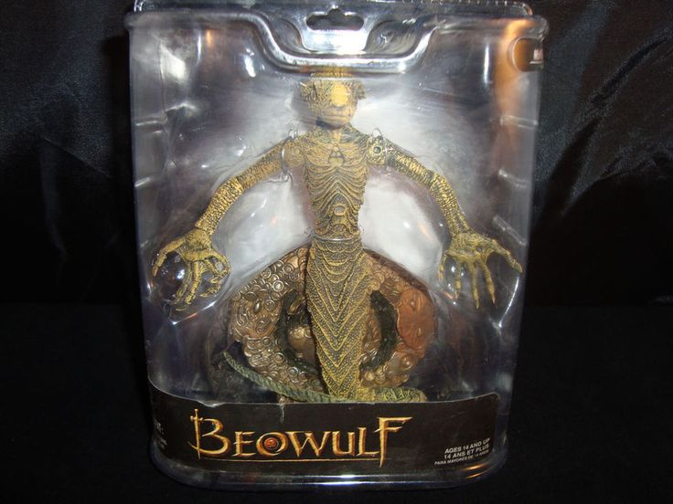 BEOWULF-GRENDEL'S MOTHER-ANGELA JOLIE-COOL BASE-LONG TAIL-MCFARLANE-2007-UNIQUE #REEMCFARLANE