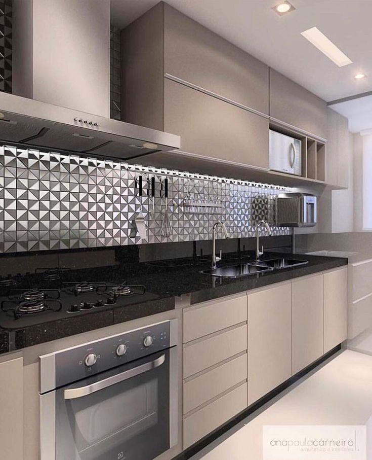 Uma cozinha para te inspirar. Via @decoreseuestilo... por lá muitos outros espaços encantadores! Projeto Ana Paula Carneiro www.homeidea.com.br Face: /homeidea Pinterest: Home Idea #homeidea #arquitetura #ambiente #archdecor #archdesign #projeto #homestyle #home #homedecor #pontodecor #homedesign #photooftheday #interiordesign #interiores #picoftheday #decoration #revestimento #decoracao #architecture #archdaily #inspiration #project #regram #home #casa #grupodecordigital