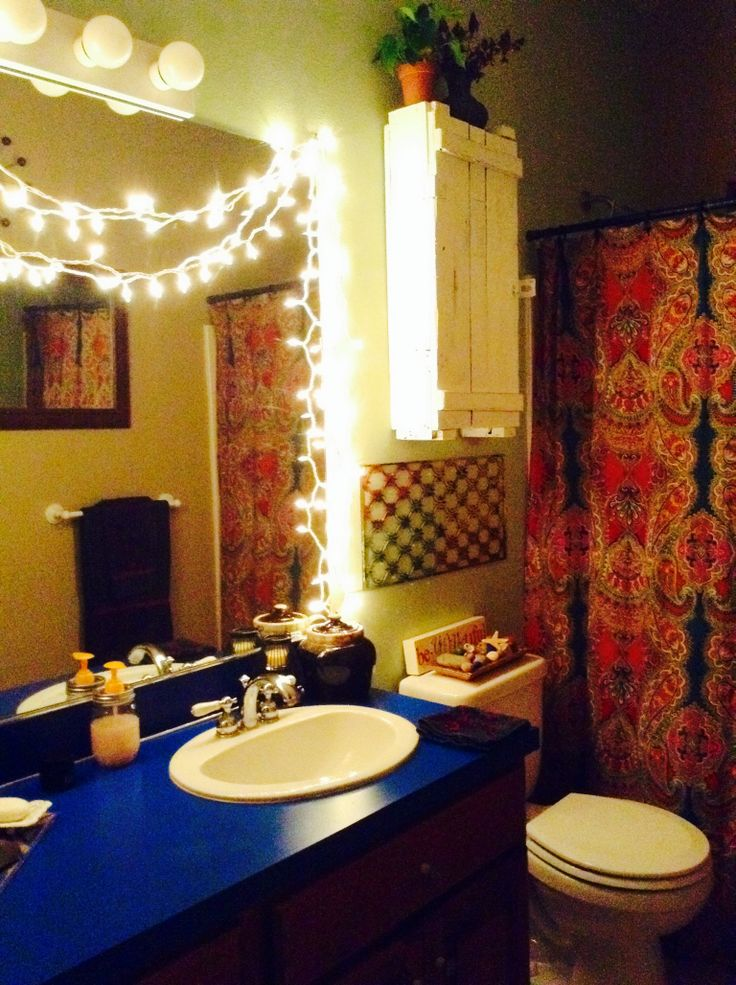 String Lights In Bathroom : String lights, In bathroom and Bathroom on Pinterest