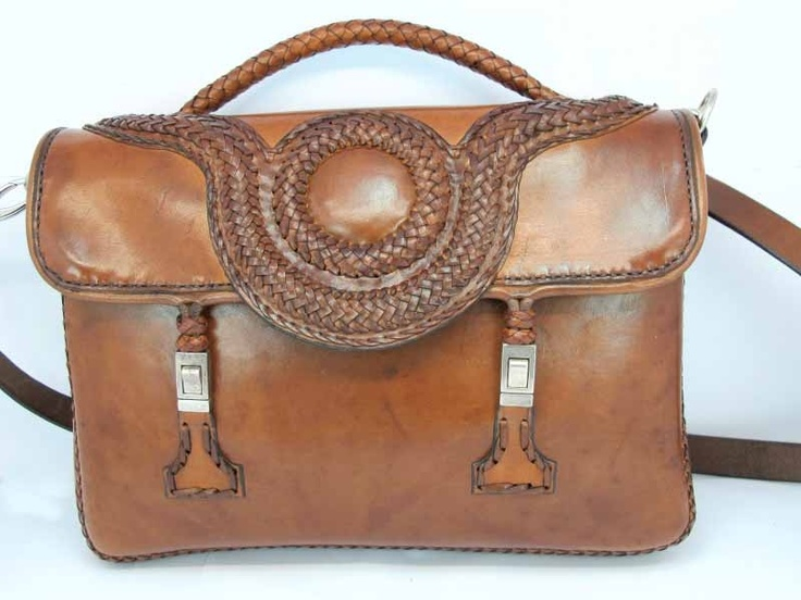 $450 Brown bag style satchel. Manufactured with the finest materials, leather from beef. Leather design Handmade in Spain