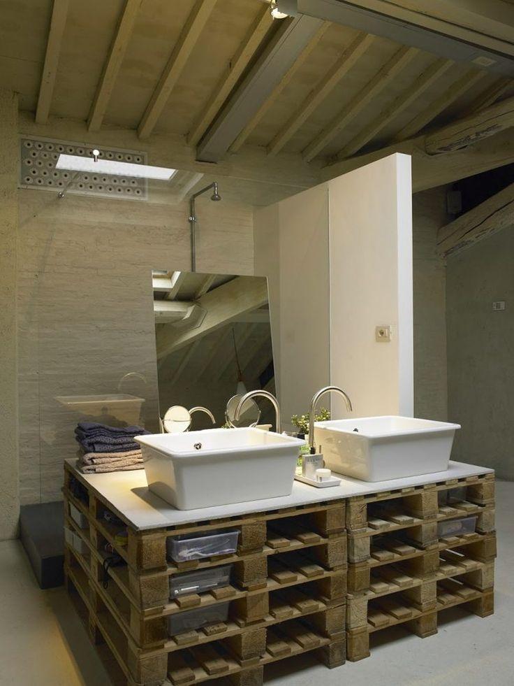 meuble en palettes de bois: meuble sous lavabo