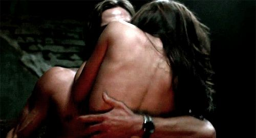 'Supernatural': 11 Times Sam Lost His Shirt For Basically No Reason