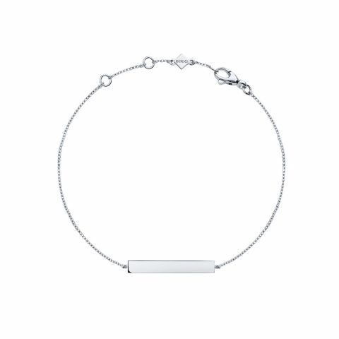 Les Plaisirs de Birks Silver Horizontal Bar Bracelet. Your day-to-day fashion accessory, this horizontal bar bracelet is made of silver.