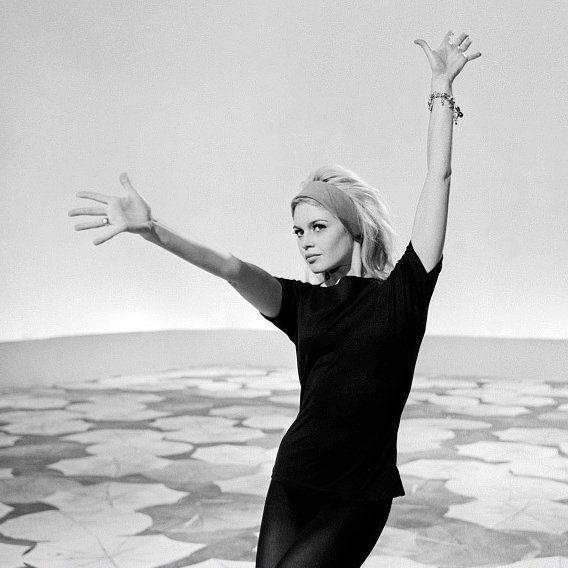 Brigitte Bardot during the shooting of the television program 'Has your wishes...Brigitte Bardot: the new year'. Photograph by Philippe Batailon, INA Archive. December 10, 1962. #BrigitteBardot #Bardot #BB #tv #newyear #vintage #retro #blonde #sexbomb #1960s #fashion #icon #legend #gorgeous