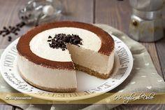 Torta fredda allo yogurt e caffè una ricetta senza forno, senza cottura.Un dolce fresco, facile, economico,ottimo come dolce di fine pasto o merenda fresca.