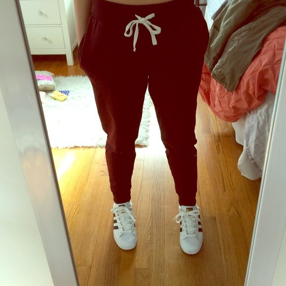 NEW FOREVER 21 JOGGERS Maroon joggers, worn once. Super cute I just never wear them anymore. Forever 21 Pants Track Pants & Joggers