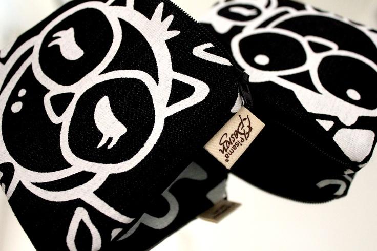 Headwing -kukkaro // Headwing -purse Design by Pisama Design #pöllö #owl