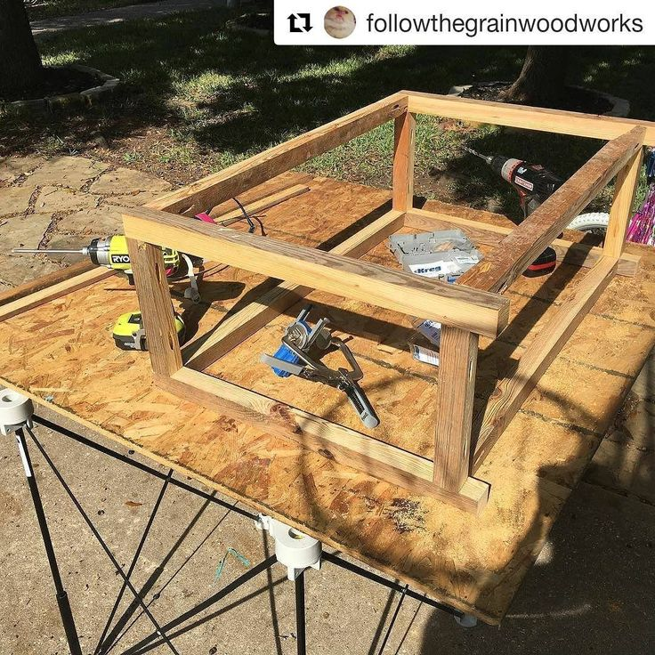 @followthegrainwoodworks using his #CentipedeSupport for some #portable #workspace in the early stages of this shoe rack #build from #pallets. Repost:Coming together. #kregjig #craftsman #centipedetool #ryobipowertools #diyshoerack #palletwoodprojects #tiacrew ・・・  with @repostapp  #CentipedeSawhorse portable #workbench mobile #workshop #worktable #temporary #woodshop #workstation #platform #sawhorse #palletfurniture #woodfurniture #customwoodwork #woodworking #chippy #pallet #woodworker…