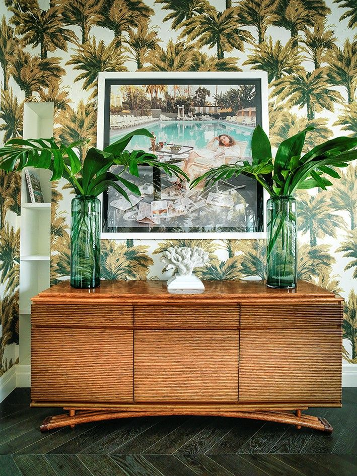 "Tropical mood with the Pierre frey ""Mauritius"" wallpaper, design by Caroline Legrand #tropical #jungle"