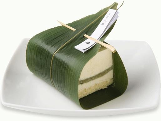 ジュヴァンセル  さがの路  Cheese cake, mugwort mochi, rice cake and bamboo leaf.