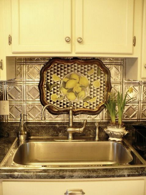kitchen sinks with backsplash 1000 images about tin backsplashes on 20032