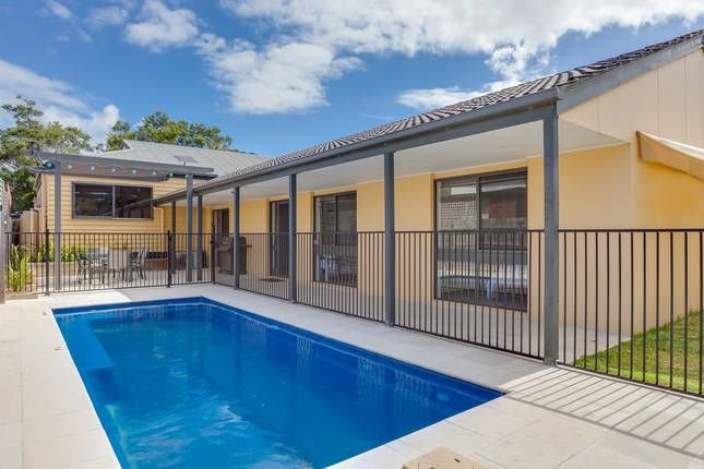 'Charmes' luxury on the bay | Rye Ocean Bayside Beaches, VIC | Accommodation