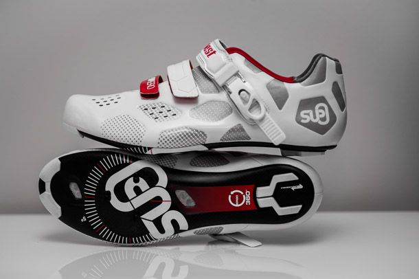 Suplest Supzero shoes as tested by http://Racefietsblog.nl. Full article here http://racefietsblog.nl/racefietsblog-test-suplest-supzero-carbon-wielrenschoenen/